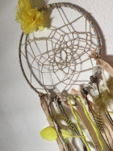 Attrape rêves indien diy bricolage enfant craft plumes ruban Et sinon jaune