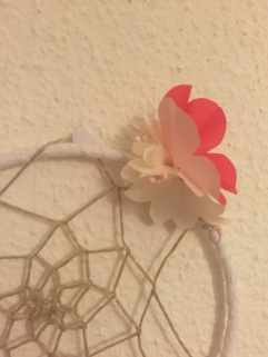Attrape rêves indien diy bricolage enfant craft plumes ruban Et sinon rose fluo 3