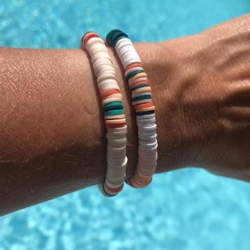 Le bracelet de l'été - DIY - bricolage enfant - craft for kids - perles heishi - Image à la une