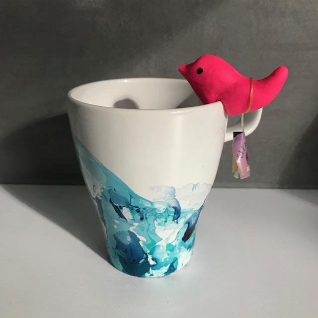 Un oiseau sur ma tasse -DIY - bricolage enfant - craft for kids - pâte fimo - thé - Image à la une